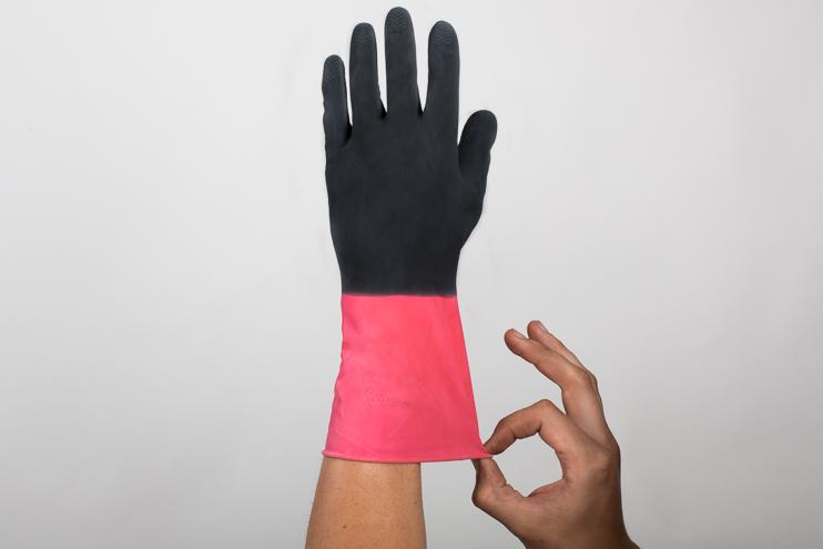 Guante bicolor rojo/negro